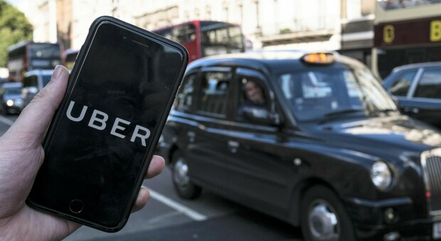 Uber, Corte Suprema dà torto al colosso americano: «Autisti sono dipendenti»