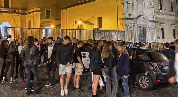 Roma, Raggi: ieri sera 700 verifiche nei luoghi della movida