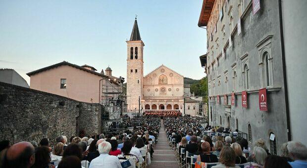 Spoleto, concerto finale del Festival dei Due Mondi in Piazza del Duomo