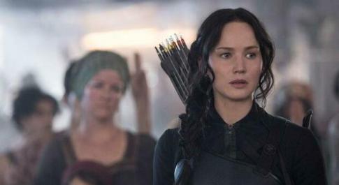 Stasera in tv su Italia1 martedì 22 giugno, «Hunger Games»: trama e curiosità del film