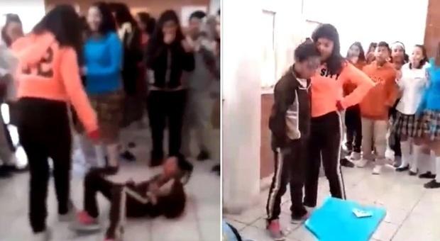 Bimba picchiata dalla bulla a scuola: «La prof e il preside ridevano di lei»