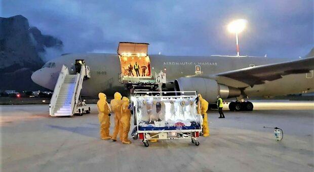 Covid vaccini, hub stoccaggio nazionale nell'aeroporto di Pratica di Mare, alle porte di Roma