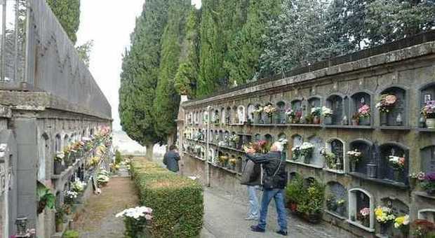 Orvieto parte la manutenzione dei cimiteri in vista del 1 - Manutenzione caldaia umbria ...