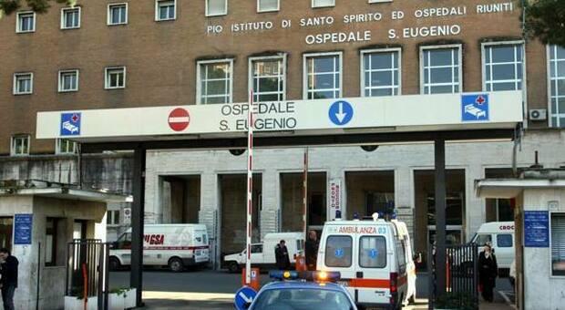 """Covid Roma, nuova fase ospedali: aperture a """"soffietto"""" per riattivare i reparti"""