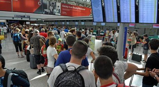 Fiumicino, in aeroporto arriva check in facciale e via libera ai liquidi in valigia