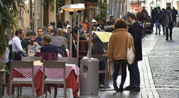 Colori regioni, ira ristoratori: «Basta divieti il venerdì, così impossibili acquisti dei prodotti»