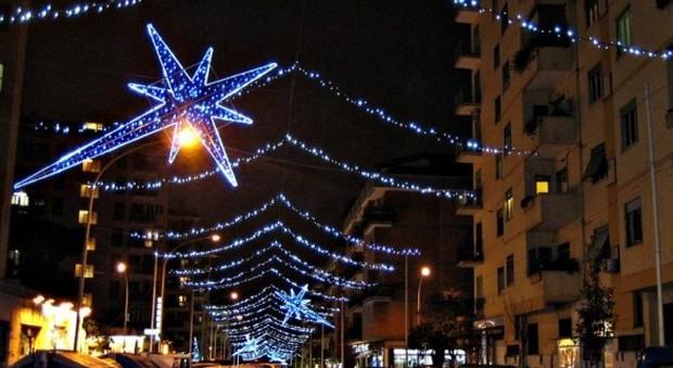 Roma, Natale al risparmio: le vie dello shopping senza gli addobbi