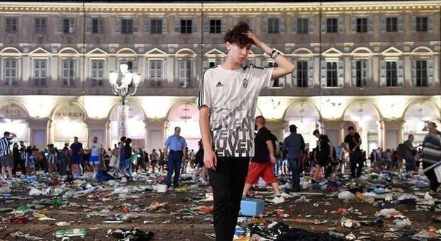 Piazza San Carlo, condannati a 10 anni i quattro ragazzi della banda dello spray