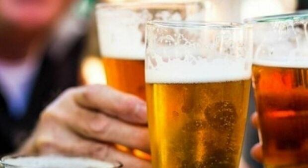 Gran Bretagna, allarme carenza di birra: potrebbe scarseggiare a causa dell'aumento del prezzo del gas