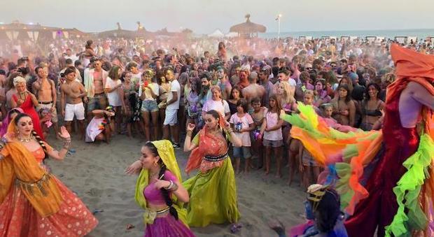 Holi beach party a Fregene