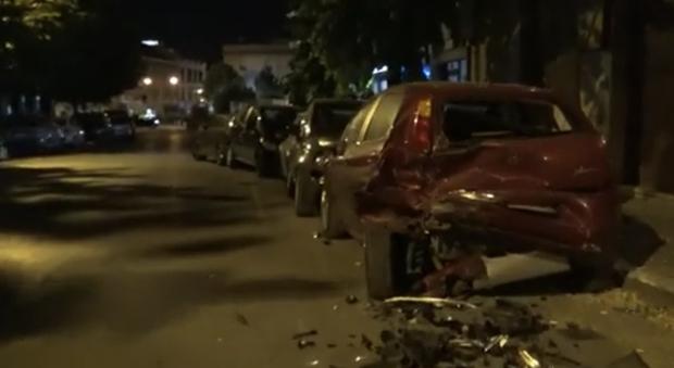 Movida scatenata, rissa a Frosinone e Suv a Cassino scappa dopo aver danneggiato sei auto