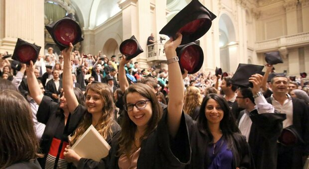 Anche l'emigrazione dei laureati inizia a concorrere alla riduzione della popolazione giovane