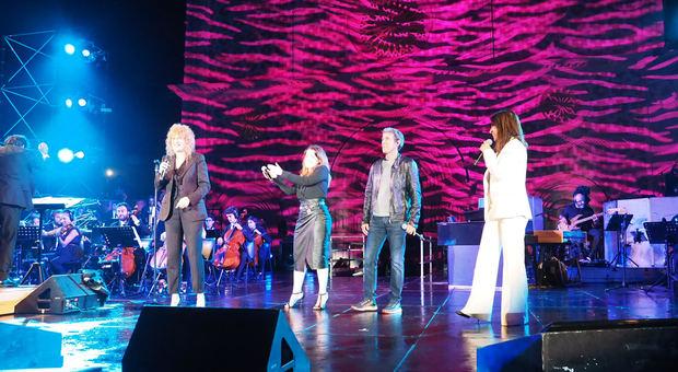Fiorella Mannoia incanta l'Aquila: grande concerto con Paola Turci, Barbarossa e Noemi