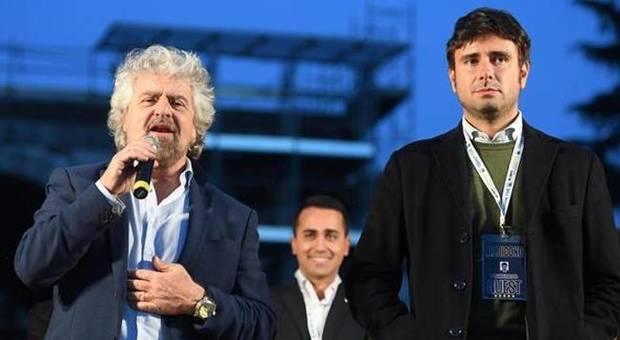 Torna Grillo e attacca Di Battista: M5s si spacca sull'assemblea costituente