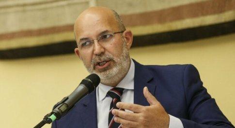 Mes, Gualtieri: «Fiducia in voto positivo». Crimi: «Il governo non cade»