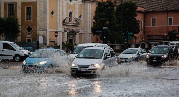 Roma, l'Osservatore Romano: «Capitale in stato di abbandono»