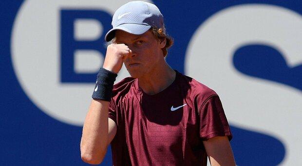 ATP 500 Barcellona, Sinner elimina Rublev e avanza in semifinale. Ora c'è Tsitsipas
