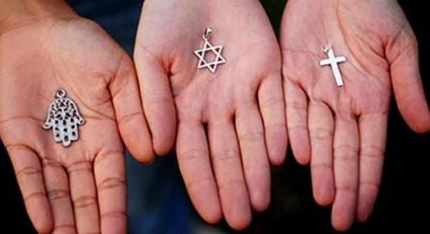 Diplomazia, religioni in aiuto alla politica come soluzione alle crisi internazionali