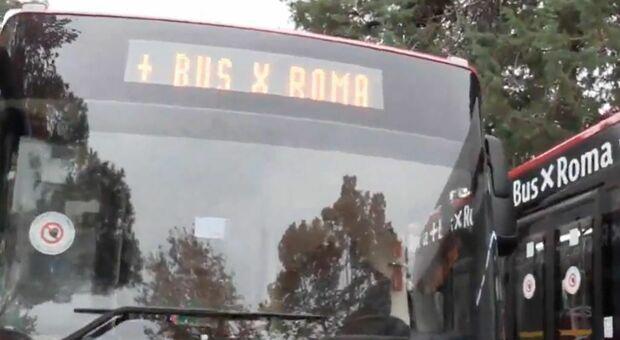 Raggi: «Entro il 2021 900 nuovi bus»