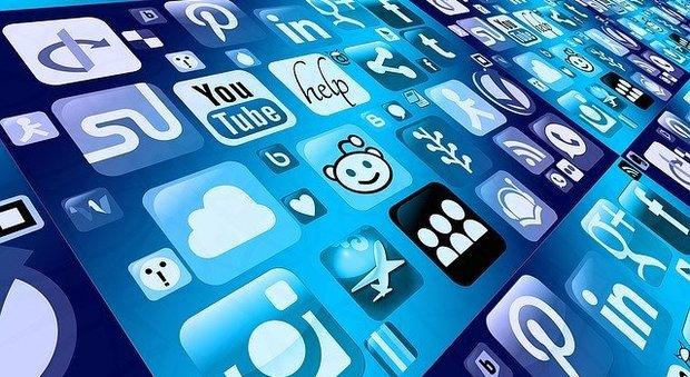 Effetto covid, in Italia l'uso di device e app è cresciuto del 35%. Ecco le app più scaricate