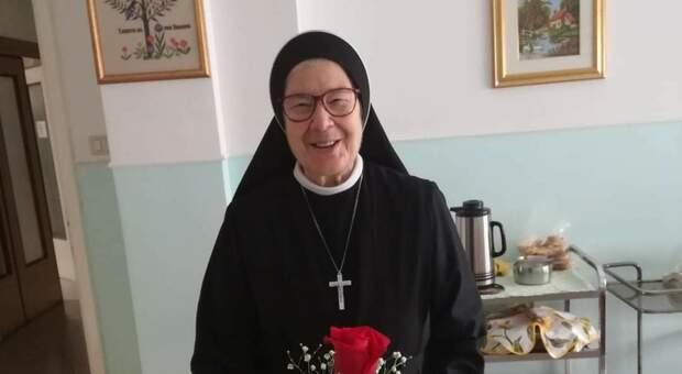 Coronavirus nel convento, addio a suor Alessandra. Oggi il funerale in streaming