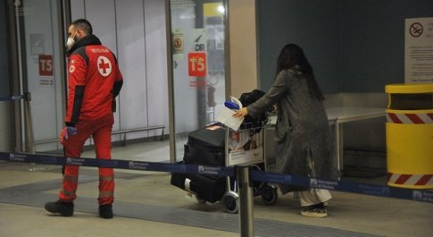 Covid, assessore alla Sanità del Lazio Alessio D'Amato «bisogna bloccare gli arrivi dall'India»