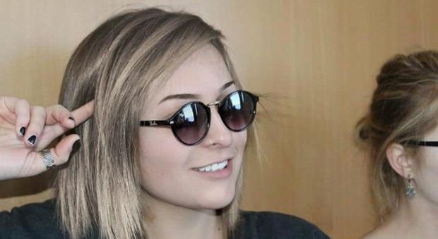 Roma, incidente sulla Braccianese: morta Martina, 20 anni, amava le moto e il calcetto