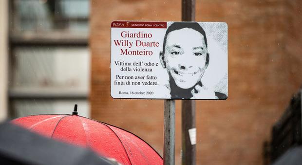 Roma, all'Esquilino un giardino dedicato a Willy. La mamma: «Gesto importante, ora giustizia»