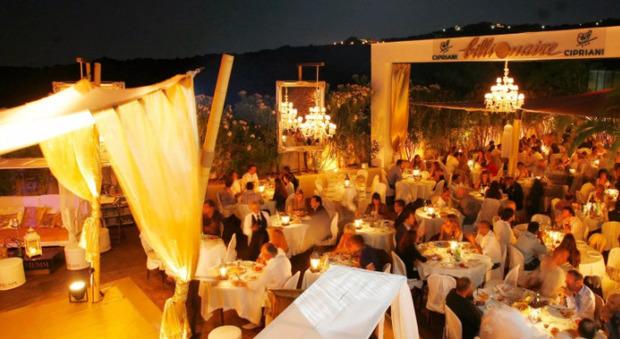 Covid in Sardegna: «Si indaghi sul Billionaire», verifiche in arrivo su clienti e dipendenti