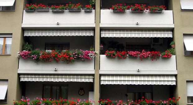 Il rifacimento dei balconi spetta ai proprietari