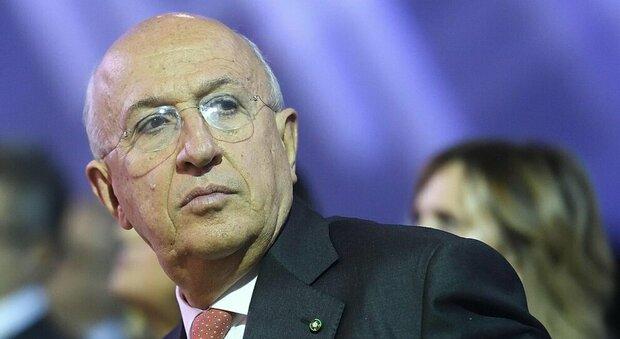 Conto corrente, Patuelli (Abi): «La stretta Ue mina l'economia e va corretta»