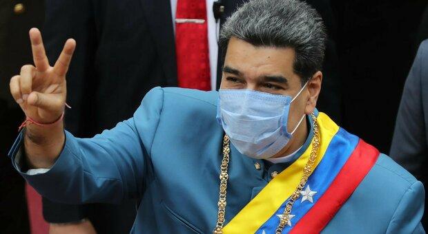 Venezuela, l'attacco di FdI a Pd e M5S: «Una vergogna assoluta l'astensione su Maduro»