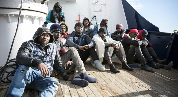 Migranti, rabbia di Salvini: