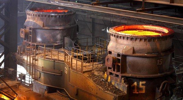 Mittal avvia l'abbandono di Ilva, caos nel governo. Conte sotto assedio, Di Maio: «No ricatti»
