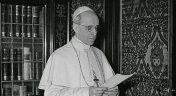 Il cardinale Sarajva Martins: Israele fece pressioni per bloccare la beatificazione di Pio XII