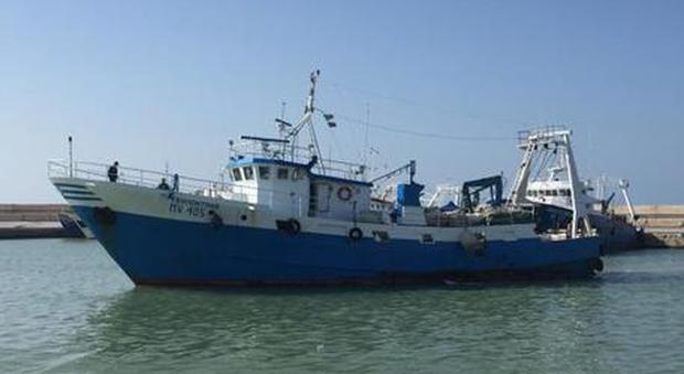 Libia, peschereccio italiano sequestrato: era privo di autorizzazioni