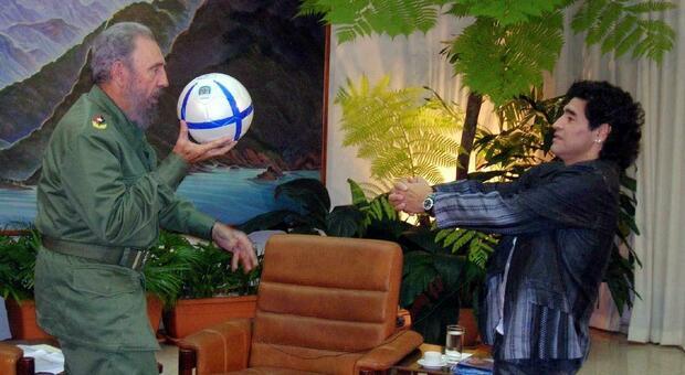 Maradona morto lo stesso giorno di Fidel Castro e George Best: la tragica coincidenza