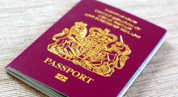 Brexit, rischio di visto a pagamento per i turisti britannici in viaggio in Europa
