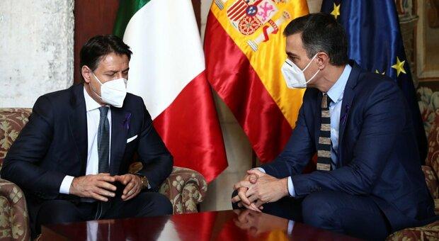 Italia-Spagna, asse Conte-Sanchez al vertice di Maiorca: «La Ue ha un nuovo motore»