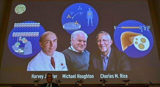 Covid, il premio Nobel Michael Houghton: «Il vaccino batterà il virus ma andrà subito modificato»