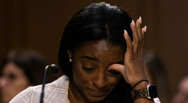 Simone Biles in lacrime: «Gli abusi di Nasser sono colpa del sistema»