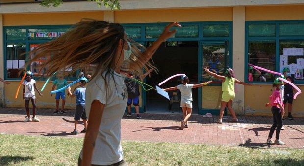 Virus, bambina positiva al centro estivo di Reggio Emilia: isolati tutti i partecipanti