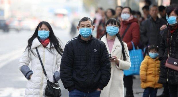 Virus cinese, che cos'è e come si trasmette il misterioso virus polmonare che sta spaventando il mondo