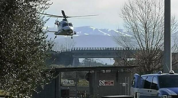 Terni, polizia in campo: maxi controlli con l'apporto anche dell'elicottero