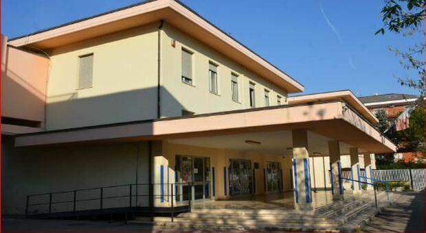 Coronavirus, chiusa scuola a Pescara: seicento in isolamento