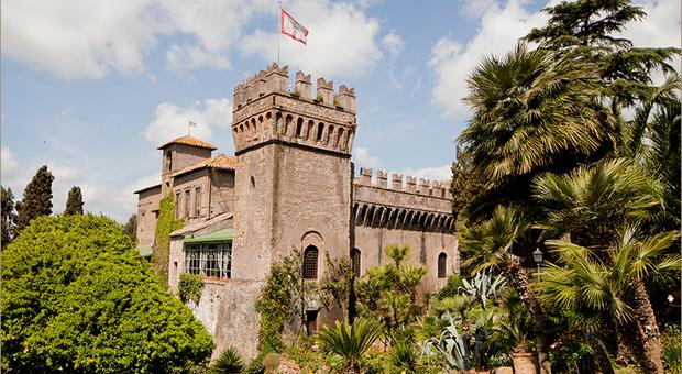 Roma castello di tor crescenza affitti ai vip non for Affitto castello roma