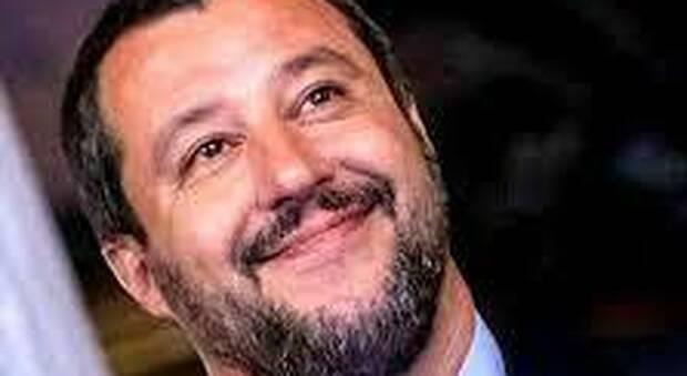 Chiesta l'archiviazione per il ciociaro che minacciò Salvini sul web, il leader della Lega: «Una vergogna»