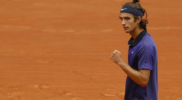 Musetti-Djokovic, diretta Roland Garros: primo set (7-6) all'italiano. Nel secondo è 3-3