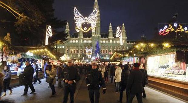 Vienna, rischio attentati a Natale: arrestato un ventenne. Polizia: voleva usare esplosivi