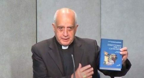 Vaticano, il libro di monsignor Fisichella vince il Premio Cardinal Giordano, a Napoli la premiazione